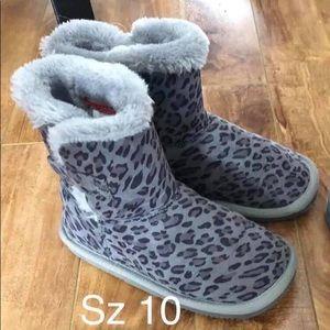 6/$20 Leopard Booties